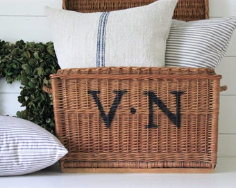 Vintage Monogramed Wicker Basket Hinged Lid . Trunk . Blanket Chest . Storage . Shabby Chic . French Farmhouse . Cottage Decor . Monogram