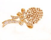 Vintage WINTERTHUR Pearl& Rhinestone Dimensional Corsage Brooch, Domed Figural Gold Tone, Wedding Brooch, Gift for her