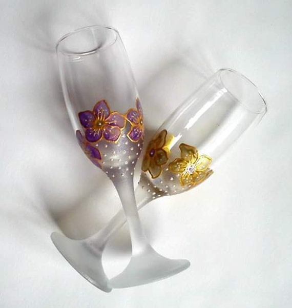 Wedding toasting flutes, wedding gift, valentines day gift, champagne ...