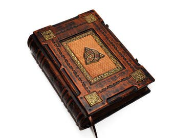 Brown leather journal Triquetra - Medieval style, Book of Shadows, Wiccan notebook, Aged paper journal, Book of spells, necronomicon leather