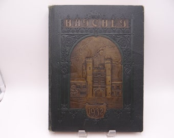 Vintage 1932 The Hatchet - Washington University St Louis Yearbook and Commencement program