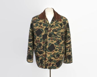 Vintage 70s Hunting JACKET / 1970s Frogskin CAMO Game Pocket Field Coat L