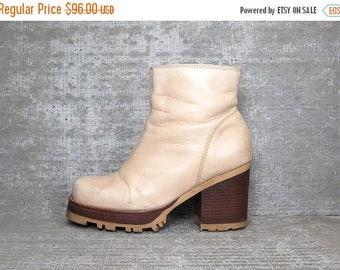 Vtg 90s Leather Wood Stacked Chunky Heel Ankle Boots