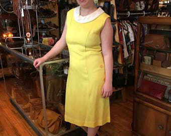 1960's Vintage Yellow Linen Look Dress with White Collar. Sleeveless.