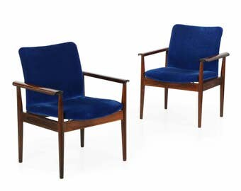 "Pair of Finn Juhl for John Stuart Rosewood ""Diplomat"" Arm Chairs, Mid Century Modern c. 1961"