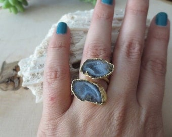 Druzy geode ring, druzy ring, black geode ring, adjustable geode ring, geode gold ring