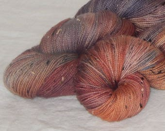 Country Road on Mad Tweed 2-ply fingering 85/15 SW merino and NEP