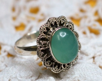Green Aqua Chalcedony Sterling Silver Ring Size 8 1/2