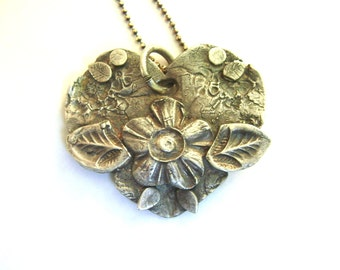 fine silver flower and leaf heart pendant necklace