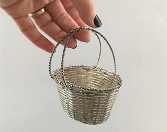 Vintage silver wire basket Small wire basket with a handle Flower girl wire basket