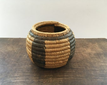 Rustic vintage basket Small Braided bowl Braided basket Organic basket Farmhouse basket Farmhouse kitchen basket