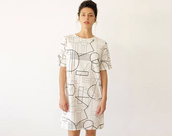 Graphic T Shirt Dress, White Dress, White Cocktail Dress, Party Dress, Casual Clothing, Tee Dress, Black and White Dress, Every Day Dress