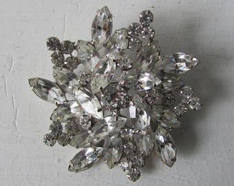 Vintage Weiss brooch | 1950s Weiss brooch | vintage rhinestone brooch | 1950s brooch | vintage rhinestone brooch | Weiss Rhinestone Brooch