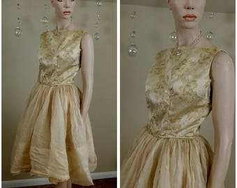 Beautiful Vintage 50s handmade dress