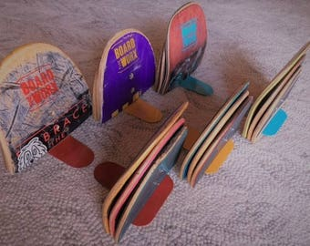 Bookends from re-purposed skateboards