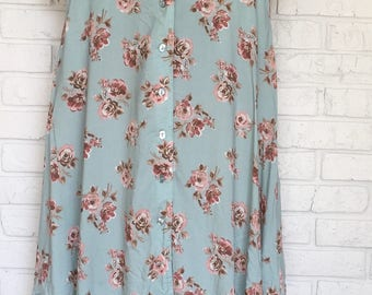 Women's Size 6 Floral Skirt