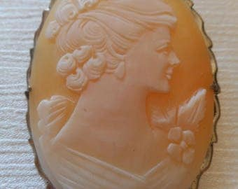 Cameo Beautiful Engraved Sterling Silver Large Pendant or Pin / Cameo Brooch Vintage