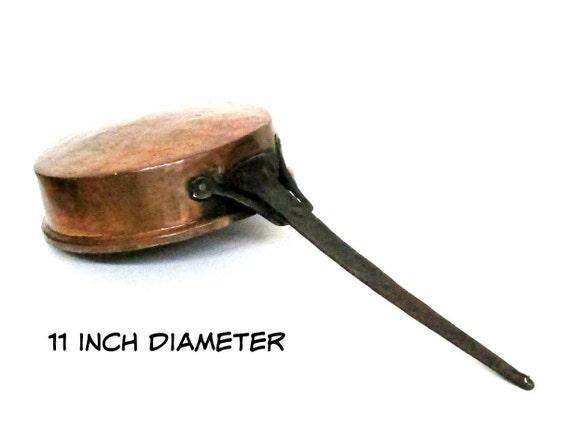 Vintage Copper Pan Skillet, 11 Inch Copper Skillet,  Heavy Hand Forged, Rustic Primitive Kitchen Decor, Old World Copper Kitchen Decor