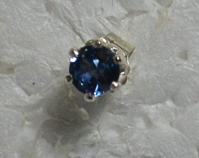 Men's Sapphire Stud, 5mm Round, Natural, Set in Sterling Silver E989M
