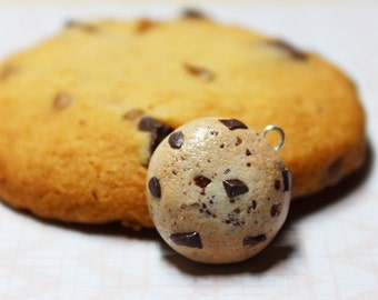Choc Chip Cookie Necklace - handmade, chocolate chip, cute, polymer clay, biscuit, miniature food