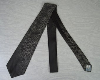 Vintage 1960s Grey/Charcoal Silk Tie by Damon