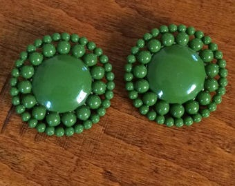 Mod Olive Green Earrings, Large Green Lucite Clips, Lucite bead Clips, Green Flower Clips, 1960 Lucite Clips, Button Clips, Green Clip ons