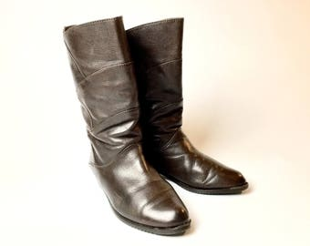 Leather boots 80s