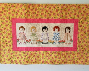 Handmade Mini Art Quilt Folded Paper Chain Girls Quilted Wall Hanging