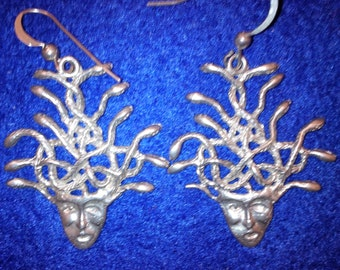 Medussa Earrings