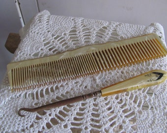 Fiberloid comb and button hook