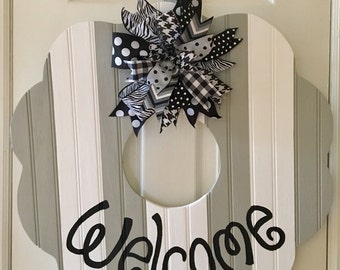 Welcome butter cookie wreath