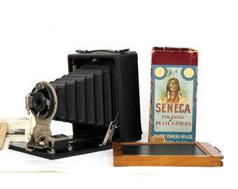 Antique Camera Seneca No 29 Pocket Folding Plate with Original Box and Plate Holder