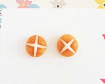 Hot cross bun polymer clay stud earrings - Easter Bun studs - Easter studs - earrings - foodie earrings - food jewellery - Buns
