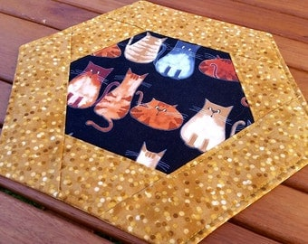 Cats Table Topper: hexagonal quilted kitty mug rug, large candle mat, cat lover gift, tabby cats snack mat, brown and gold topper