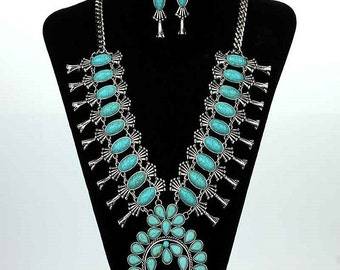 gorgeous navajo inspired squash blossom necklace high end