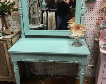 Vanity shabby chic two drawer with mirror