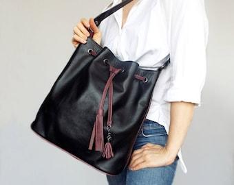 Black leather drawstring bag. Leather bucket bag. Black burgundy shoulder purse.