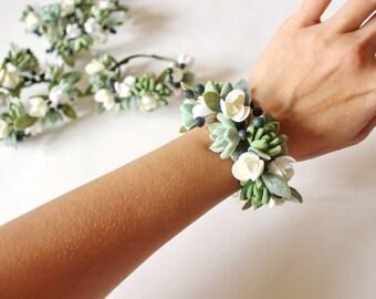 Succulent Corsage Bracelet Wedding flowers Succulent Bridesmaid corsage Succulent corsage Succulent bracelet Clay Flowers succulent wristlet