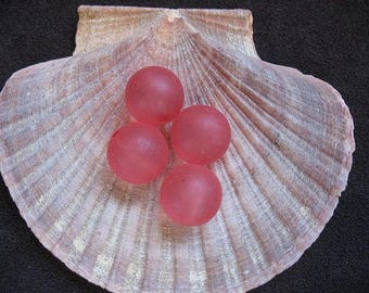 Vintage Lucite Beads Smokey Pink Round- 14mm -  Four pieces