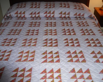 Excellent!  Homemade.   Never Used.   Geese Flying Quilt.