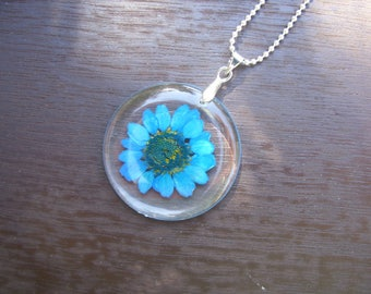 Mothers Day Gift, Personalized Real Flower Necklace, Pressed Flowers Jewelry, Resin jewelry, Blue Chrysanthemum Necklace, Botanical necklace