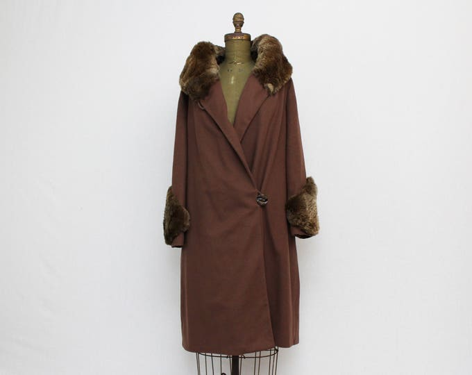 1920s Fur Trim Brown Wool Coat - Vintage 20s Flapper Era Winter Jacket