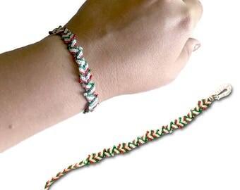 """Zigzag """"V"""" Beaded Bracelet (Mexico / Italy colors)"""