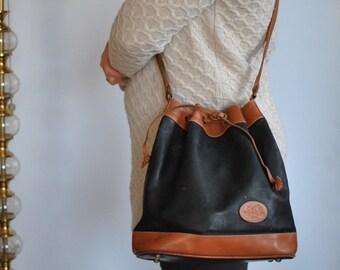Vintage MESSENGER LEATHER BAG, women's leather bag.........(538)