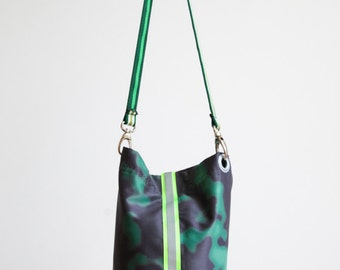 Fabric shoulder bag made of cloth Theatre-Green/Black