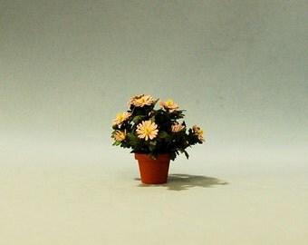 1 inch scale miniature-Mum