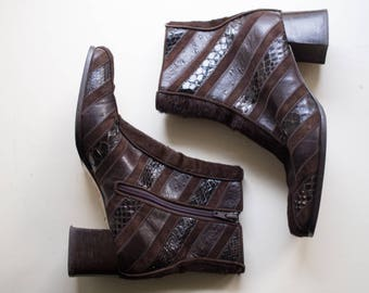 Immagini Vintage Leather Boots Cowhide Snakeskin Stripped Boots 1970's Genuine Leather Funky High Fashion Size 10  ankle boots