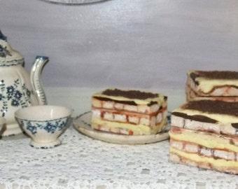 box for dessert tiramisu