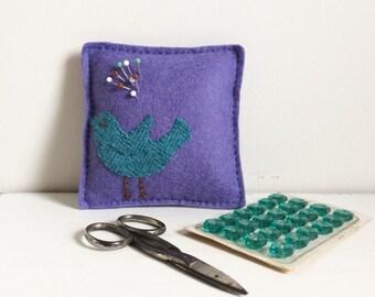 Felt pincushion handmade bird design pinkeeper