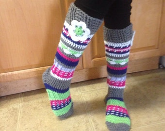 Knee high fun flowered socks green